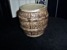 "VINTAGE SMALL STONEWARE HILLSTONIA BANDED WOOD BARREL LOOK 4"" GREAT COND"
